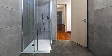douchebak plaatsen Kortrijk